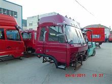1290豪华驾驶室总成带冰箱、空调-波尔多红/1290豪华驾驶室