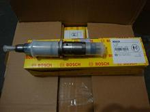 东风天龙博世电控喷油器总成C4942359/0445120122-81W