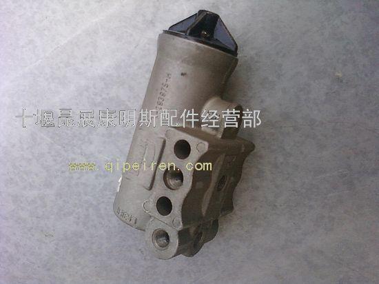 供应产品 发动机系统 空气压缩机 空压机卸荷压力调节器181461  起