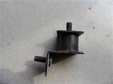上支架总成-进气引入管带橡胶/1109820-C0100