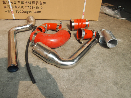 增加汽车动力,改装加装中冷器及中冷钢管十堰东业汽车零部件有限公高清图片