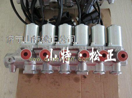 日本原装小松pc200-8电磁阀组13563766927