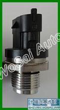 6754-72-1210小松共轨压力传感器