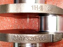 康明斯发动机6CT8.3曲轴/3917320/3914584/3904363