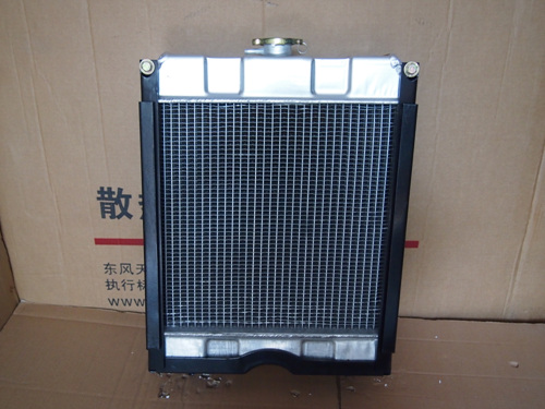 宁波奔野324拖拉机农机水箱散热器十堰东业汽车零部件有限公司0719