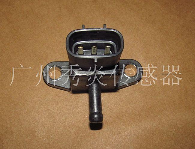 【电装发动机进气压力传感器
