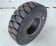轮胎最新报价 韩泰叉车实心轮胎 充气轮胎价格表