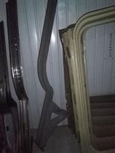 厂家直销  重汽豪沃中长驾驶室底板纵梁总成/重汽豪沃