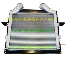 重汽豪翰配件中冷器AZ9525530003/AZ9525530003
