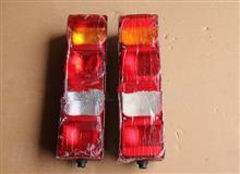 中国重汽豪沃A7后尾灯总成(右)/WG9925810002