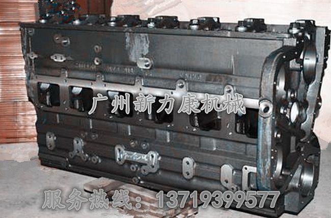 销售康明斯qsm11发动机气缸体34176293417629图片