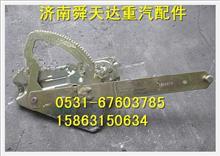 陕汽德龙手动左玻璃升降器 内饰件钣金件驾驶室总成销售/81.62640.6057