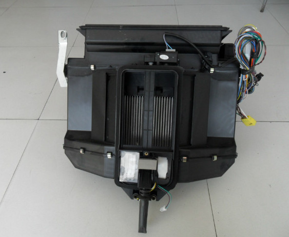pw10g/54-240040 上车踏板支架右 m3000   pw10g/57-04072 工作台左