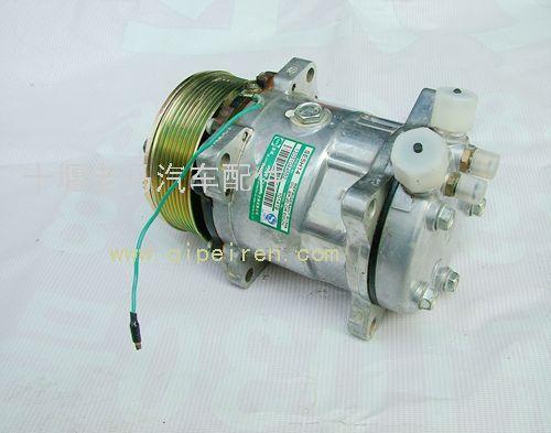 东风康明斯空调压缩机总成 24v细槽