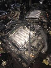供应大众途锐发动机总成,气缸盖等汽车配件