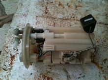 供应斯巴鲁力狮汽油泵,助力泵,冷气泵原装配件/汽油泵总成