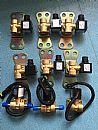 一汽J6新悍威华菱德龙豪沃格尔发联合重卡尿素泵加热电磁阀/15046+4