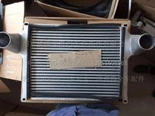 东风多利卡、凯普特、福瑞卡 发动机中冷器总成/1118Q10