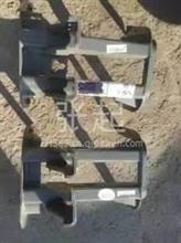 重汽豪沃T7H踏板支架/重汽豪沃T7H踏板支架