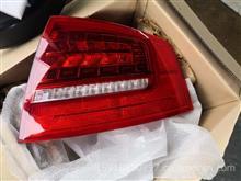 09奥迪A8右后尾灯外原厂全新配件/09奥迪A8右后尾灯原厂全新配件