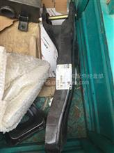联合卡车驾驶室后悬锁栓上支架总成/100500400153