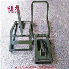东风EQ2102军车配件备胎架/ 31A-05085