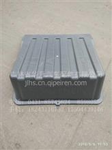 重汽豪沃T7蓄电池盖/WG9725766002