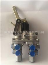 东风140车林专利刹车制动总泵;串联制动阀/3514E2-010-A