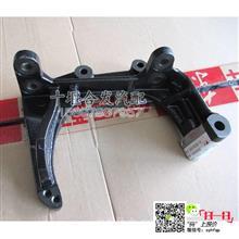 东风天龙大力神雷诺发动机发电机支架/D5010550116