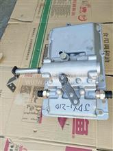 东风145五档变速箱一体大盖总成(右挂)/1700JDY1-210