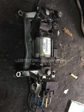 供应保时捷卡宴减振打气泵拆车件