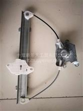 东风猛士手动玻璃升降器总成/61C37-04010