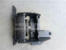 1001111-E25501东风多利卡凯普特发动机后悬支架/变速箱吊架/1001111-E25501/1001113-E25501