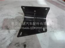 陕汽德龙新M3000弯管接头支架/DZ93259190333