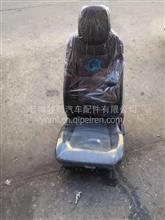 中国重汽王牌7系轻卡气囊主座椅/680091