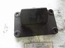 陕汽配件  德龙SZ959000781  发动机右前托架/SZ959000781  发动机右前托架
