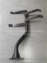 陕汽轩德X9右挡泥板支架/BZ84032930A