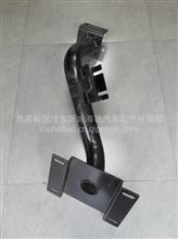 陕汽轩德X3右下脚踏板支架/BZ54206475