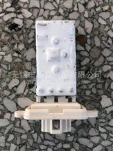 东风多利卡D9/D12 暖风电阻/37EA0122-44015