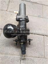 陕汽轩德E9液压助力器带制动总泵/LZ35400011