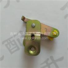 北京欧曼车门锁左侧传动机构总成/1B24961500081