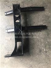 新天龙右挡泥板支架/8403074-C4307