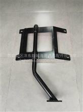 陕汽轩德X6左挡泥板支架总成/BZ84034525