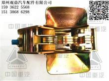 中国重汽豪沃A7驾驶室液压锁紧机构总成支架配件WG1642440101/郑州观鼎汽配原厂配件