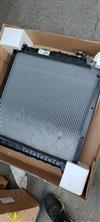 东风多利卡四达发动机散热器总成/1301010-Q39421
