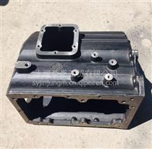 东风EQ2102  军车配件   变速器外壳  1700E-025/1700E-025