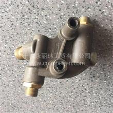 东风天龙雷诺DCI国5发动机进回油管接头体 /D5010224616