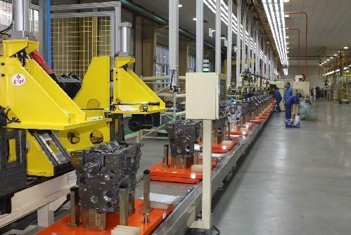 东风商用车4H发动机新装配线投产,具备年产三万台能力东风商用车4H发动机东风商用车4H发动机-汽配人